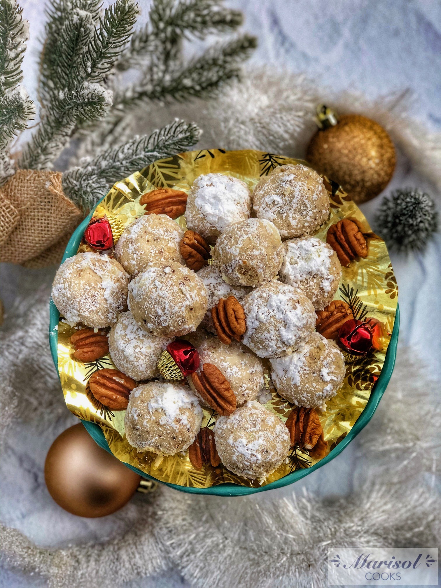 Bolitas de Nuez/ Pecan Balls