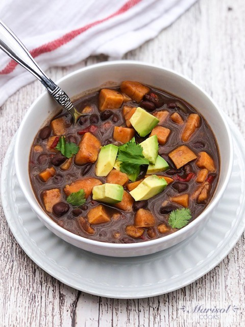 Sweet Potato and Black Bean Chili/Vegan