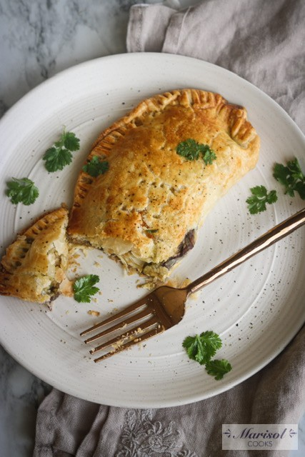 Green Chicken Empanadas