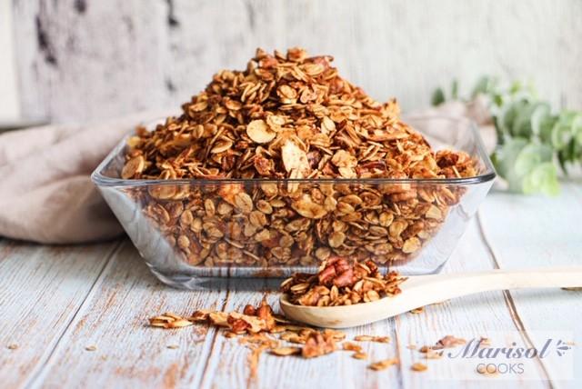 Homemade Cinnamon Nut Granola