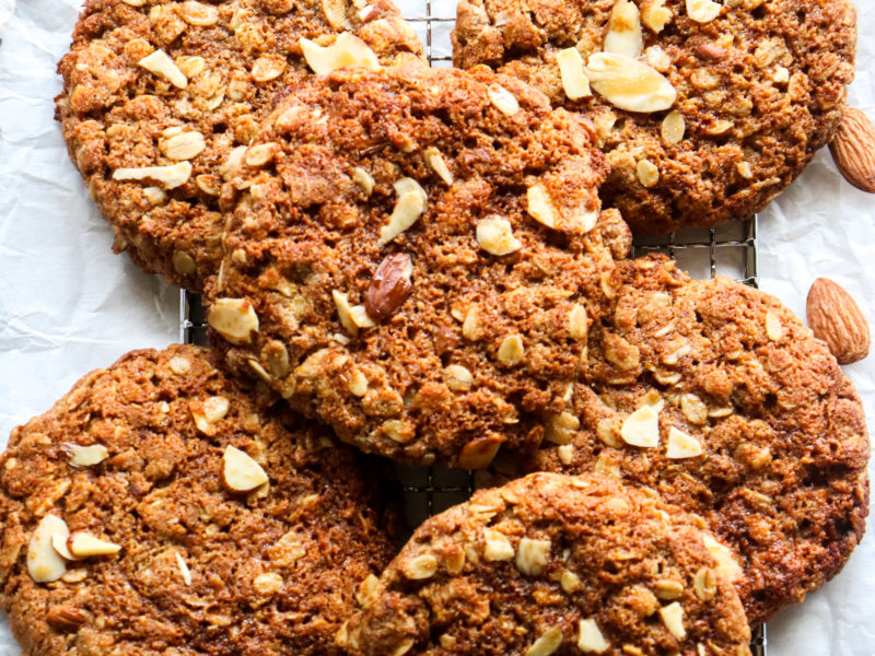 Soft Oatmeal Almond Cookies